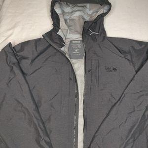 Mountain HardWear XL Rain jacket. Black. A+